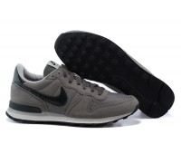 Nike Internationalist сер.