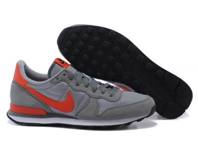 Nike Internationalist сер/оранж.